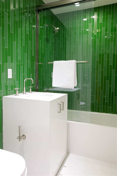 green themed bathroom green themed bathroom ideas 23672 house decoration ideas