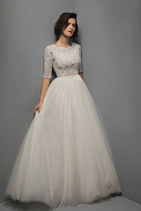 Modest Bridal Gowns by 1320 Best Modest Tznius Wedding Gowns For The Kosher