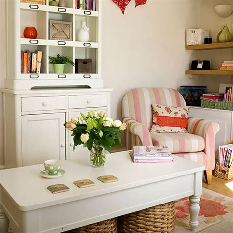 Living Room Dressers by Living Room With Dresser Living Room Decorating