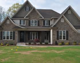 this home features white chesapeake pearl accent brick built by ssi design