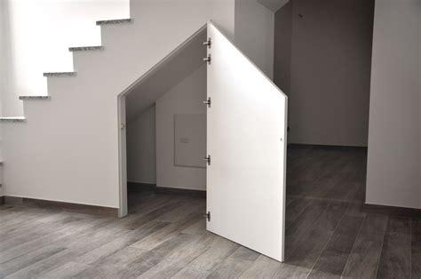 armadi per sottoscala armadio sottoscala cartongesso cerca con scale