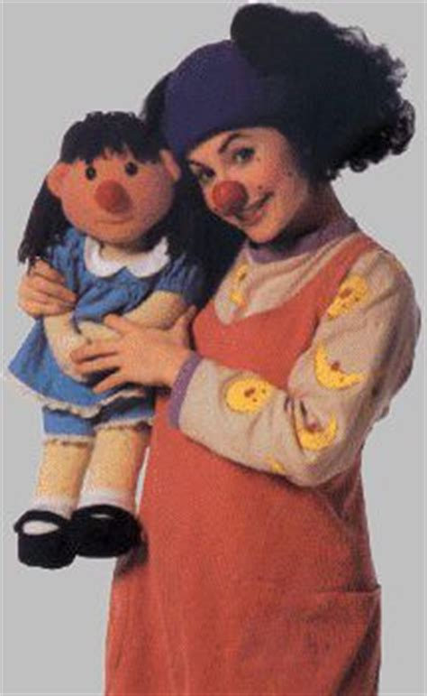 Who Played Molly In The Big Comfy by 25 Best Ideas About Comfy Couches On