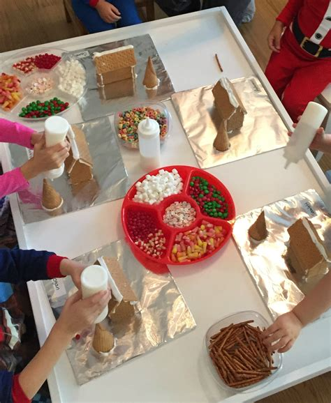 gingerbread house daycare decorating gingerbread houses ms stephanie s preschool