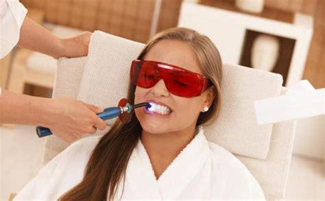 Pemutihan Gigi Dengan Laser jangan sembarangan putihkan gigi sendiri dengan obat