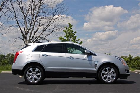 cadillac srx 2010 reviews review 2010 cadillac srx photo gallery autoblog