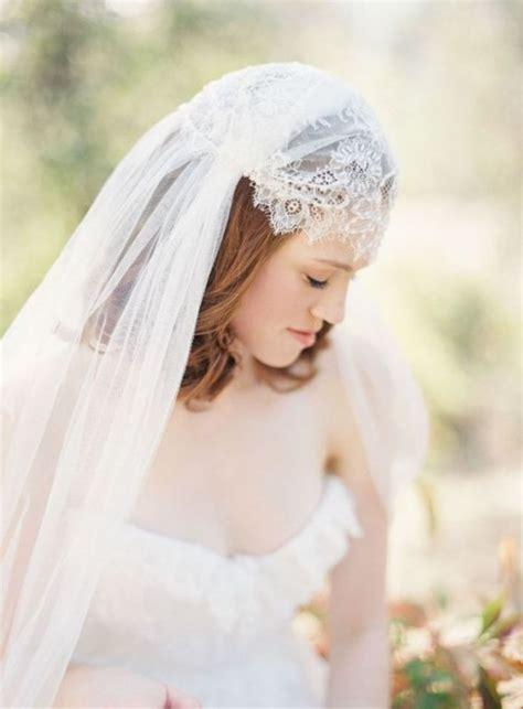 hairstyles with mantilla veil 5 ways of wearing gorgeous mantilla veil weddingomania