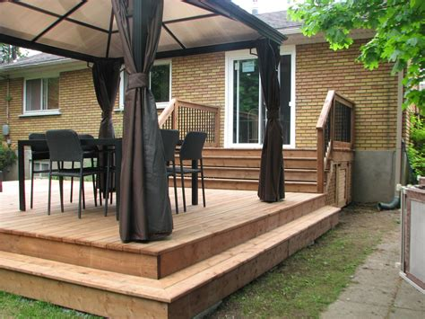 un patio construire un patio en bois trait 233 quoi savoir