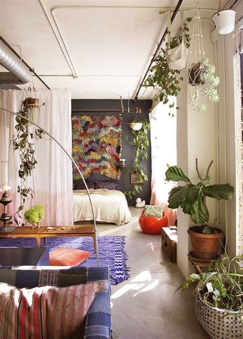 small apartment decorating pinterest 25 best ideas about studio apartment decorating on