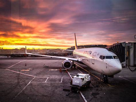 Jfk delta airline on jfk airport hd wallpapers 4k macbook