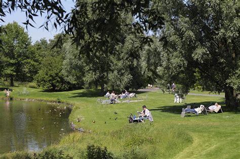 Britzer Garten Picnic by Sommer In Berlin 2015 Berlin Av Berichte Fotos Und