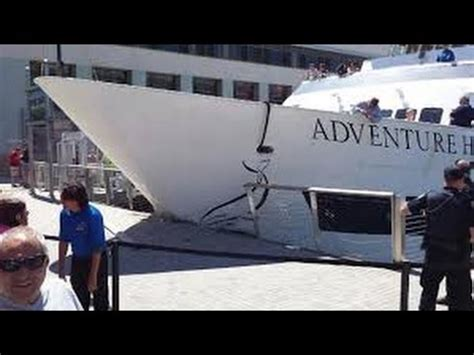 boat crash in san diego cruise boat in san diego crashes into dock youtube
