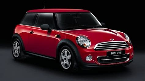 Mini 1 Dan Mini 2 hire a m2 mini from heathrow or gatwick airports