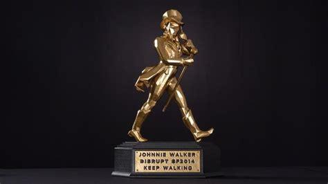 Custom 3d Print Trophy makerbot designs 3d prints the johnnie walker keep walking trophy for tonight s techcrunch