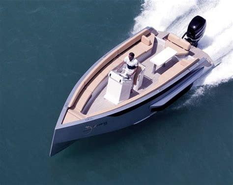 speed boat uae iguana yachts luxurious hibious boats iguana yachts