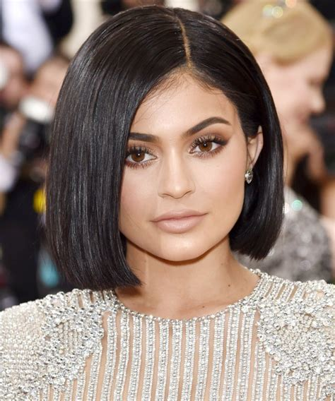 how to get kylies short hair 10 celebrities with the cutest short hair to rock this summer
