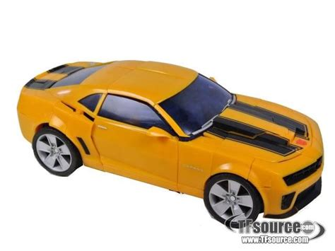 Robot Warrior Bumble Bee Limited transformers 2010 battle ops bumblebee 100