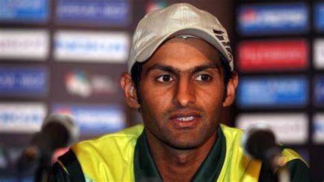 pakistans shoaib malik retires from test cricket times watch kerala vs pune 29th match live score team squad