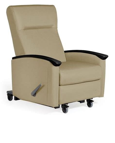 reclining chairs for elderly 17 best images about elderly recliner on pinterest