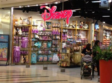 disney store porte di roma disney store roma est in zona 2 negozi per bimbi meno