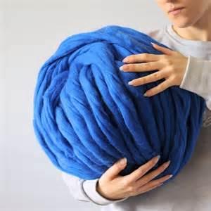 tricoter une avec des aiguilles plus grosses