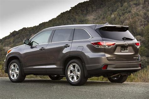 Compare Toyota Highlander And Honda Pilot 2016 Honda Pilot Vs 2015 Toyota Highlander Which Is