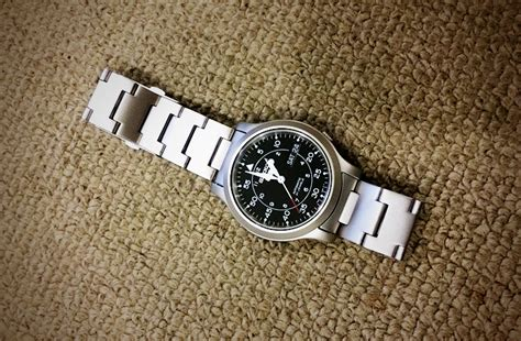 best seiko 5 seiko 5 snk809k1 review the best entry level mechanical
