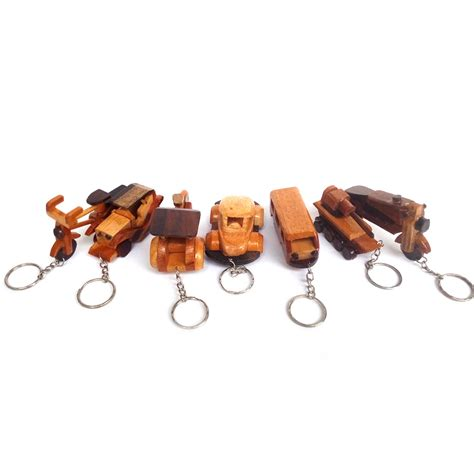 Jual Gantungan Kunci Belanda Buat Souvenir jual souvenir gantungan kunci kayu unik jogja banyak