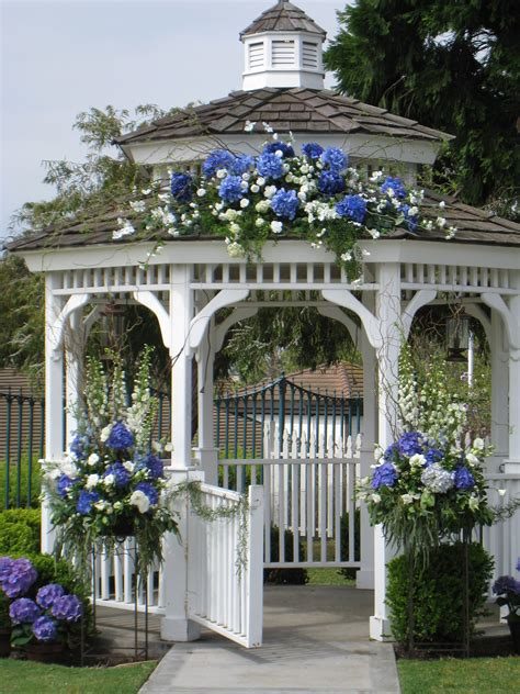 outside gazebo outside wedding gazebo beautiful but why are all the