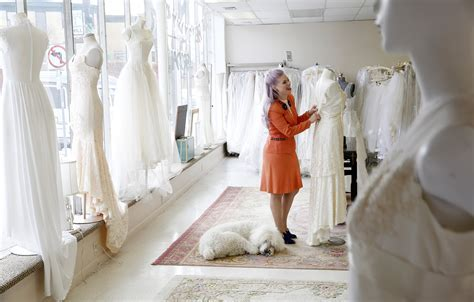 Minneapolis vintage bridal shop offers gowns and memories