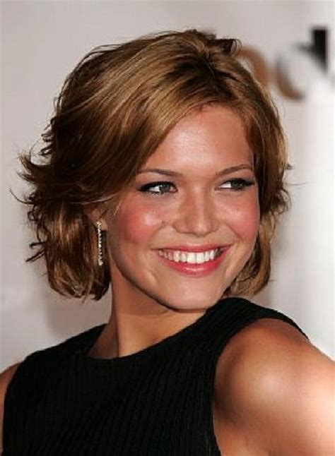 medium shaggy hairstyle for women over 40 short haircuts for women over 40
