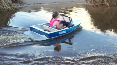 mini speed boat videos mini speed boat cruising the pond youtube