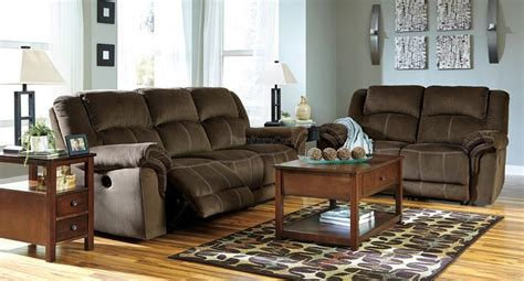 quinnlyn coffee power reclining living room set signature