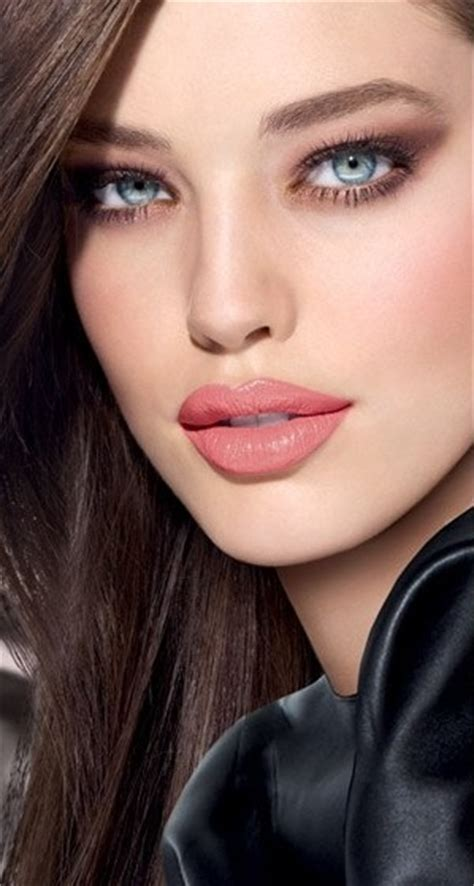 new beauty trends fashionable makeup looks refinery29 new fashion trends makeup trends summer 2015