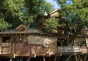 Treehouse Homes For Sale amazing tree house homes