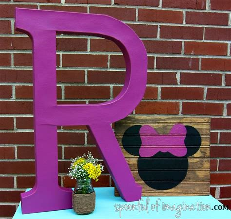 diy minnie mouse room decor diy minnie mouse silhouette spoonful of imagination