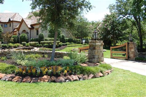 backyard driveway ideas driveway landscaping ideas pictures driveway entry