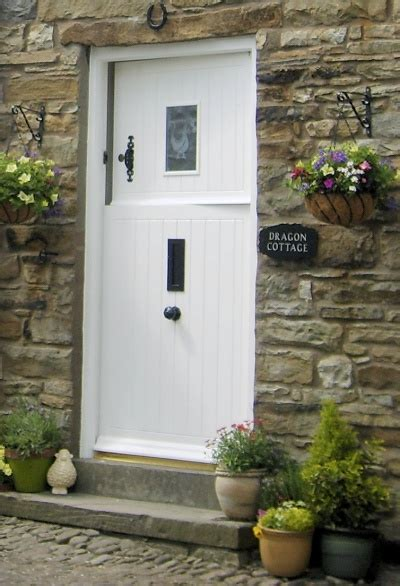 Cottage Front Door 14 Best Images About Door On Cotswold Cottages Cottage Front Doors And National Trust