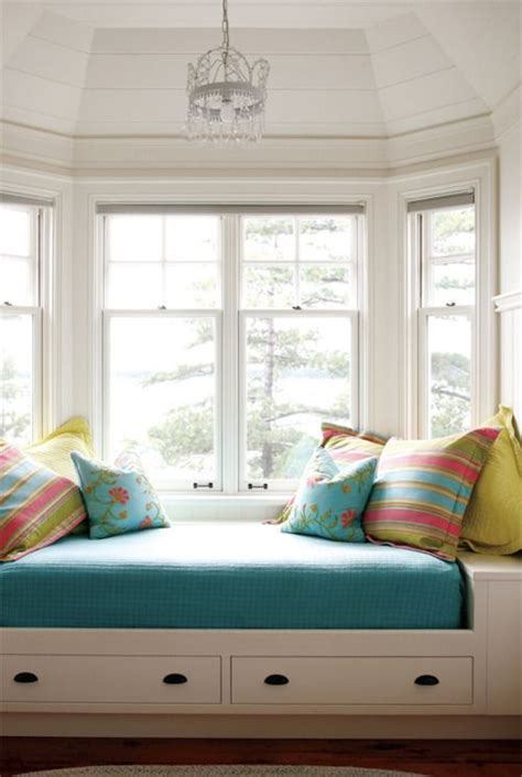 window bed we don t have a bay window but i want to do something like this in our master bedroom
