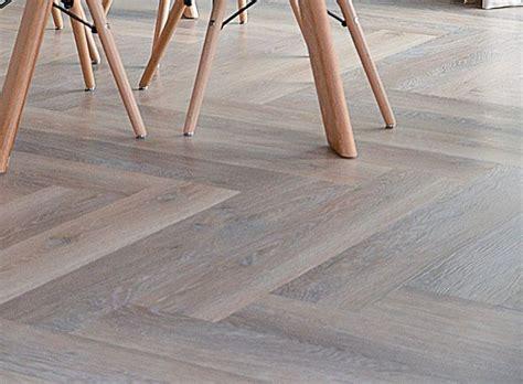 vinyl vloer alkmaar 25 beste idee 235 n over vinyl tegels op pinterest grijze