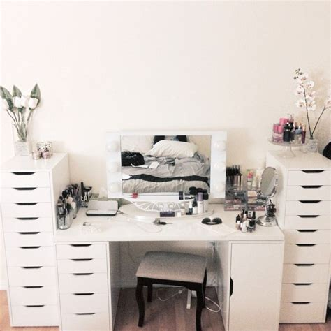 Vanity Set Ikea by Vanity Set Up From Ikea And Mirror From Vanitygirlhollywood On The