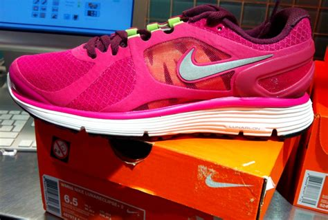 nike running shoes pronation clothing stores running shoes for overpronation