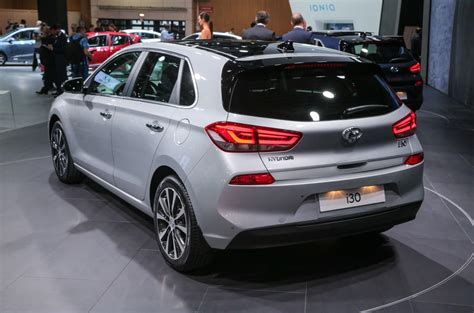 hyundai i30 wagon for sale all new hyundai i30 on sale from 163 16 995 this march autocar