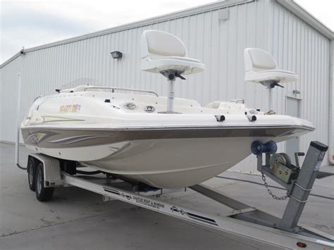 hurricane deck boat seats 2008 hurricane deck gs 202 powerboat for sale in