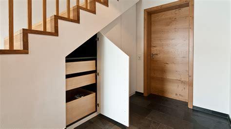 schuhregal unter treppe schranke unter treppe m 246 bel ideen innenarchitektur