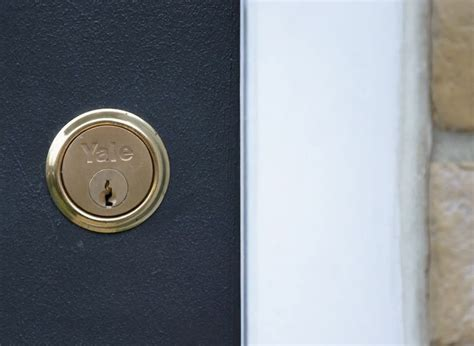 How to change different types of door locks   Ideas