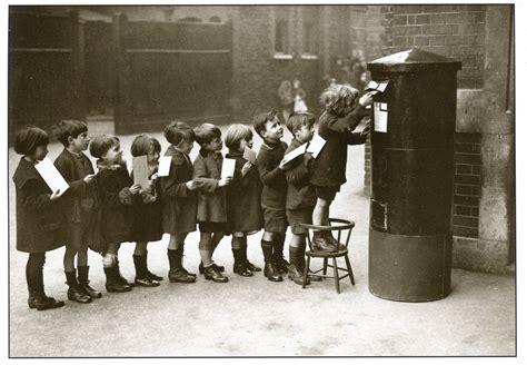 leggere la fotografia osservazione postal remembering letters and postcards page 2