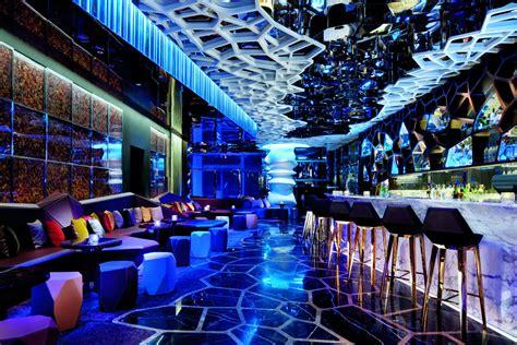 top bars hong kong 9 best rooftop bars in hong kong that you have to visit at