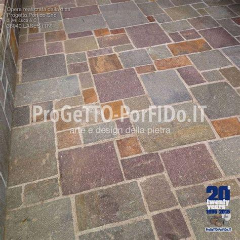 posa di pavimenti piastrelle romana a spacco posa in opera
