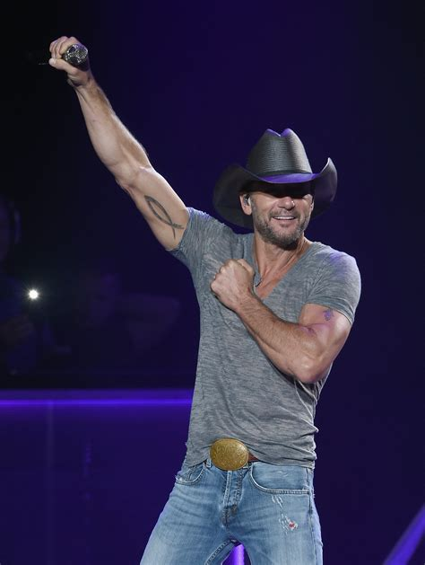 tim mcgraw june radio bits pete combs tim andrews dueling bull kicks