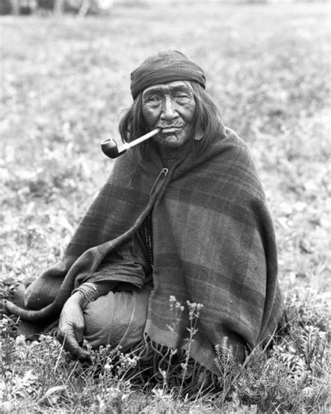 Fascinating portraits of First Nation People of Alberta